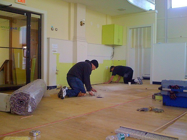 men, wood, floor, squeaky, fixing, working, room