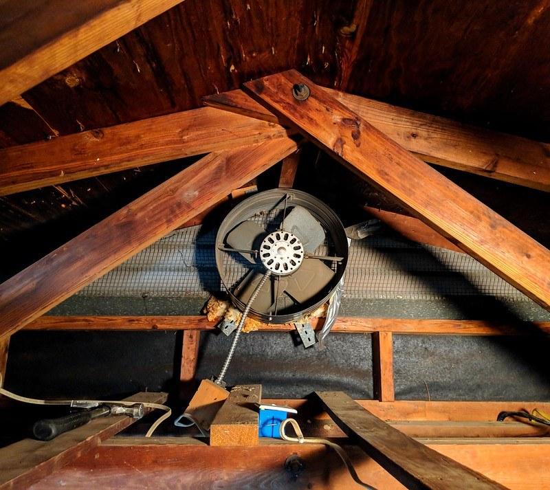 attic,ventilation,fan,gussets