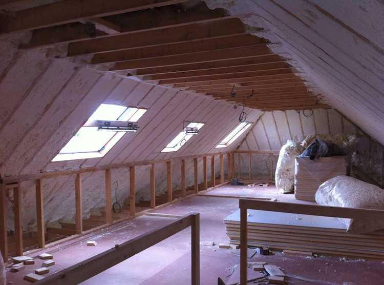 spray foam insulation, roof, wooden