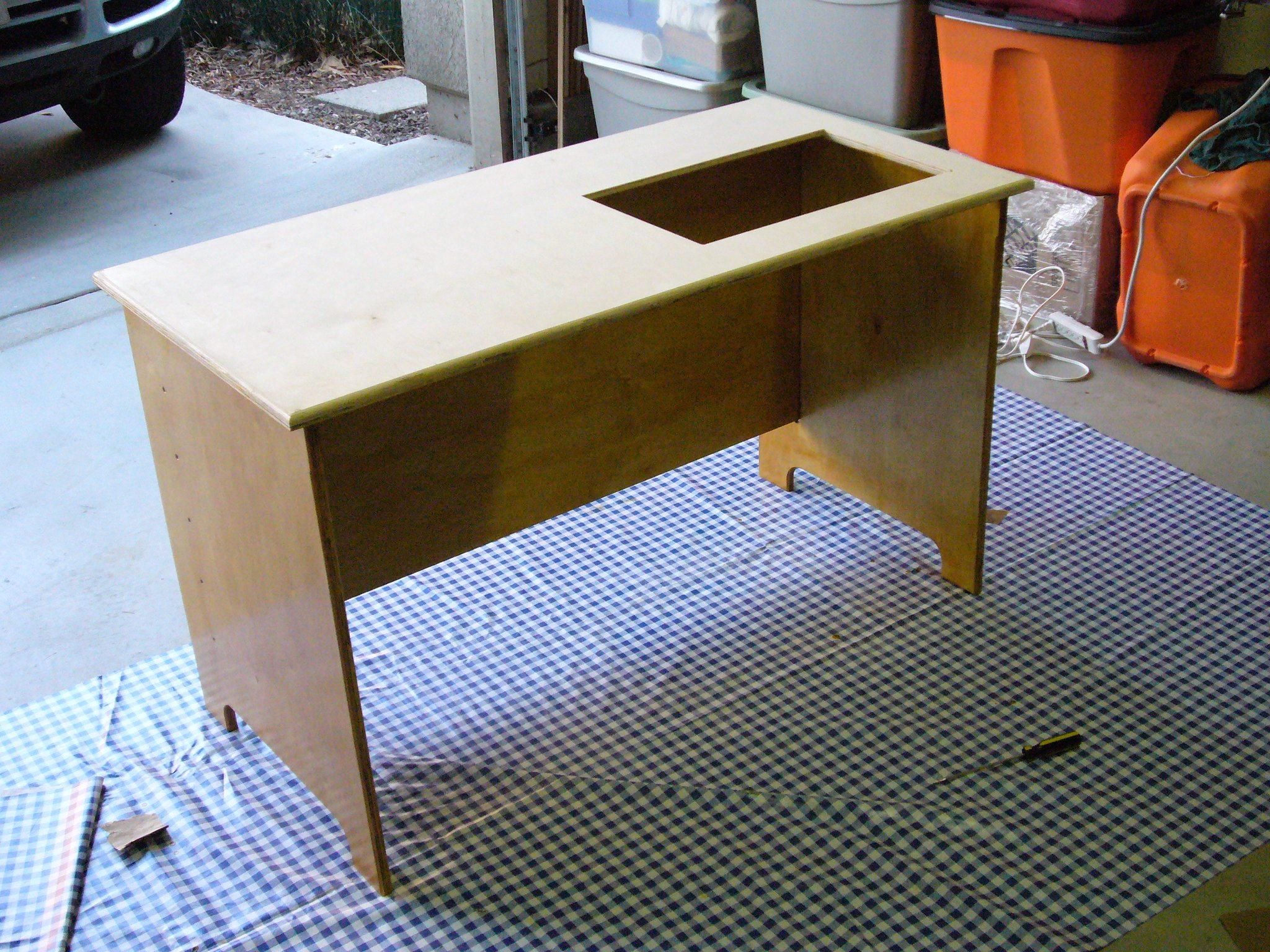 diy, sewing table